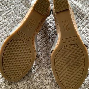Aerosols silver wedge sandals